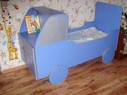 Кровать детская в виде грузовика