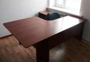 Стол офисный угловой